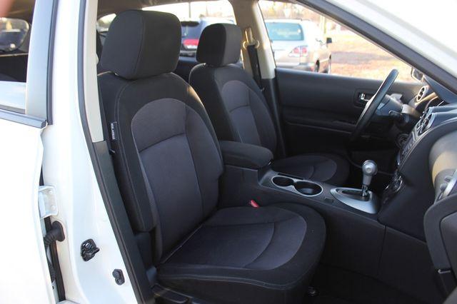 2012 Nissan Rogue SV AWD - PREMIUM PKG - NAVIGATION - SUNROOF! Mooresville , NC 13