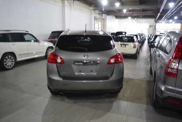 2012 Nissan Rogue SV Richmond Hill, New York 3
