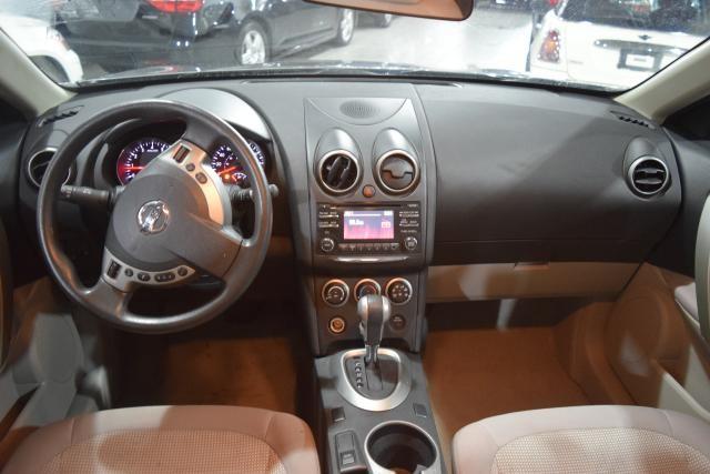 2012 Nissan Rogue SV Richmond Hill, New York 6