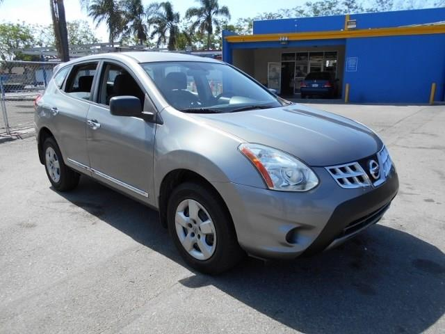 2012 Nissan Rogue S Limited warranty included to assure your worry-free purchase AutoCheck report