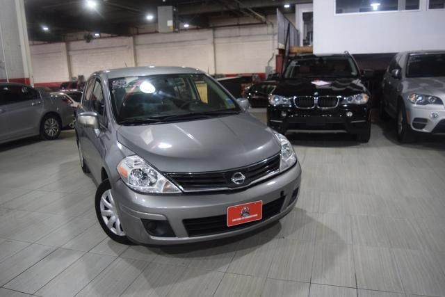 2012 Nissan Versa S Richmond Hill, New York 1