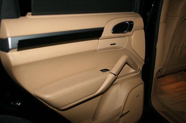 2012 Porsche Cayenne Houston, Texas 21