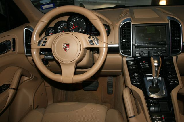 2012 Porsche Cayenne Houston, Texas 9