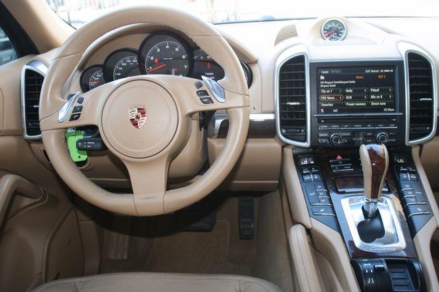 2012 Porsche Cayenne Houston, Texas 13