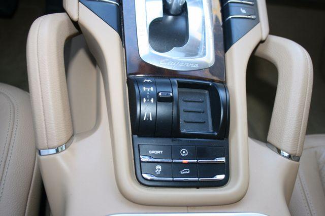 2012 Porsche Cayenne Houston, Texas 25