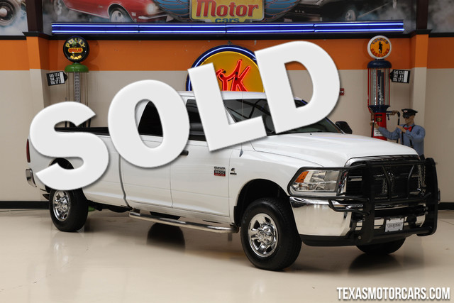 2012 Ram 3500 ST 4x4 This clean Carfax 2012 Ram 3500 ST 4x4 is in great shape with only 127 015 m