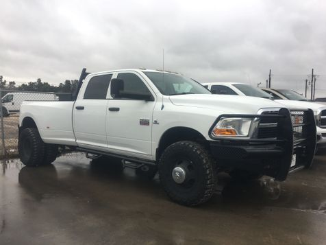 2012 Ram 3500 4X4 - 6 SPEED - LOW MILES in Liberty Hill , TX