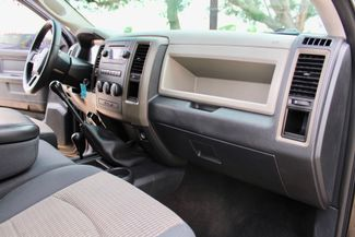 2012 Ram 3500 SRW SLT Crew Cab 4X4 6.7L Cummins Diesel 6 Speed Manual Sealy, Texas 40