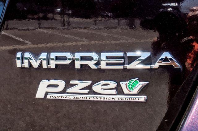 2012 Subaru Impreza 2.0i Premium - Manual - Roof Rack - Reseda, CA 46