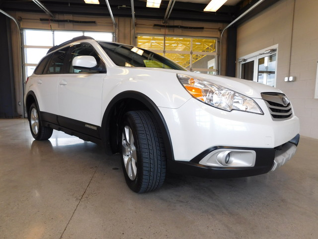 2012 Subaru Outback 36R Limited  city TN  Doug Justus Auto Center Inc  in Airport Motor Mile ( Metro Knoxville ), TN