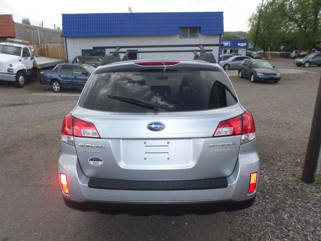 2012 Subaru Outback 2.5i Golden, Colorado 3