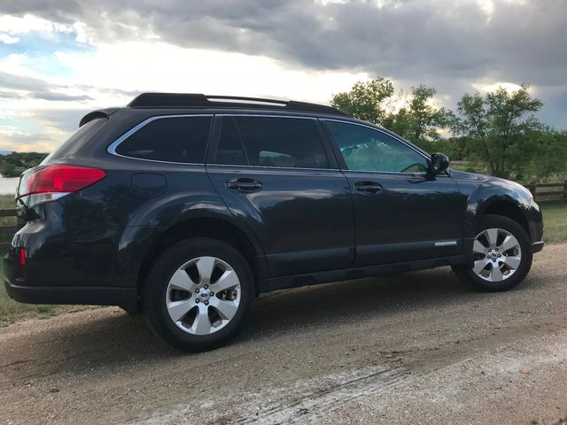 2012 Subaru Outback 2.5i Limited= MUST DRIVE!! Golden, Colorado 1