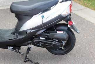2016 Taotao Speedy 49cc Moped / Scooter in Crate Blaine, Minnesota 2