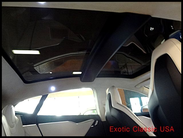 2012 Tesla Model S Signature Performance autographed by Elon Musk San Diego, California 76
