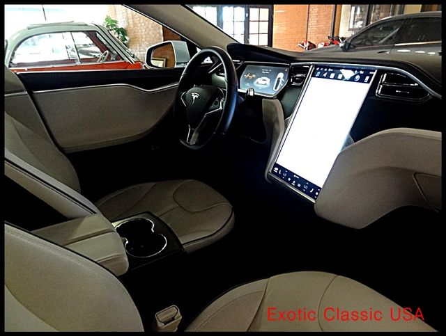 2012 Tesla Model S Signature Performance autographed by Elon Musk San Diego, California 83