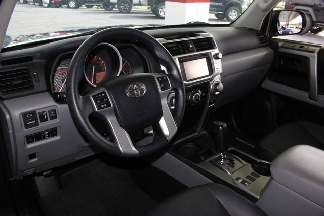 2012 Toyota 4Runner SR5 RWD - NAV - SUNROOF - LEATHER - 3RD ROW! Mooresville , NC 29