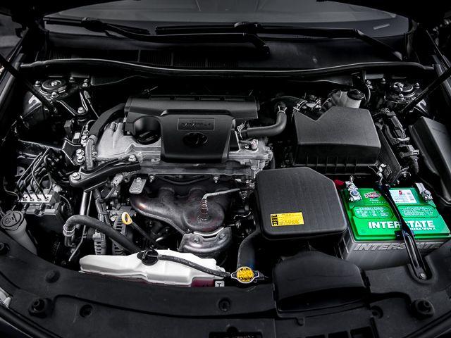 2012 Toyota Camry SE Burbank, CA 18