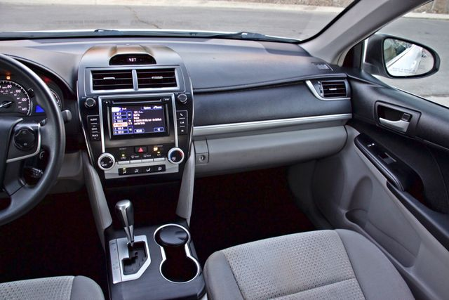 2012 Toyota CAMRY LE AUTOMATIC CRUISE CONTROL NEW TIRES Woodland Hills, CA 19