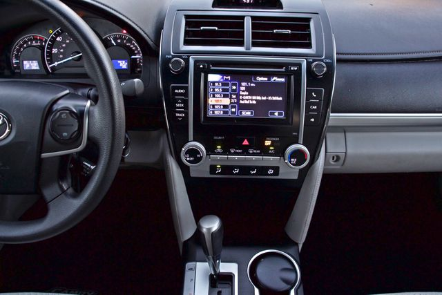 2012 Toyota CAMRY LE AUTOMATIC CRUISE CONTROL NEW TIRES Woodland Hills, CA 20