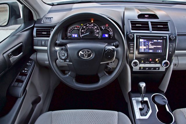 2012 Toyota CAMRY LE AUTOMATIC CRUISE CONTROL NEW TIRES Woodland Hills, CA 21