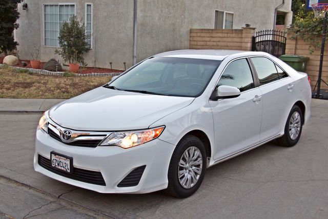 2012 Toyota CAMRY LE AUTOMATIC CRUISE CONTROL NEW TIRES Woodland Hills, CA 28