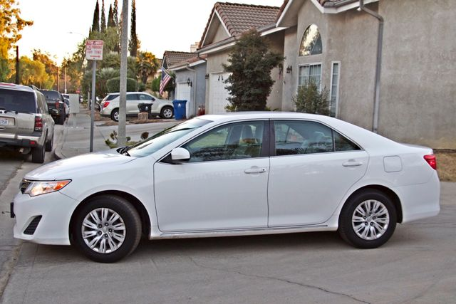 2012 Toyota CAMRY LE AUTOMATIC CRUISE CONTROL NEW TIRES Woodland Hills, CA 2