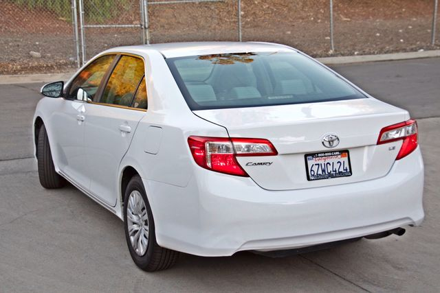 2012 Toyota CAMRY LE AUTOMATIC CRUISE CONTROL NEW TIRES Woodland Hills, CA 3