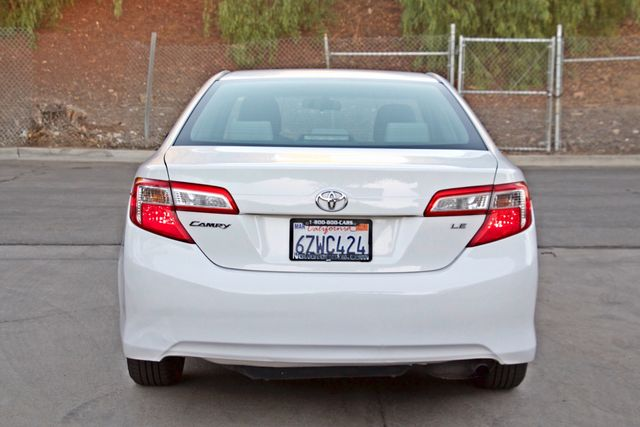 2012 Toyota CAMRY LE AUTOMATIC CRUISE CONTROL NEW TIRES Woodland Hills, CA 4