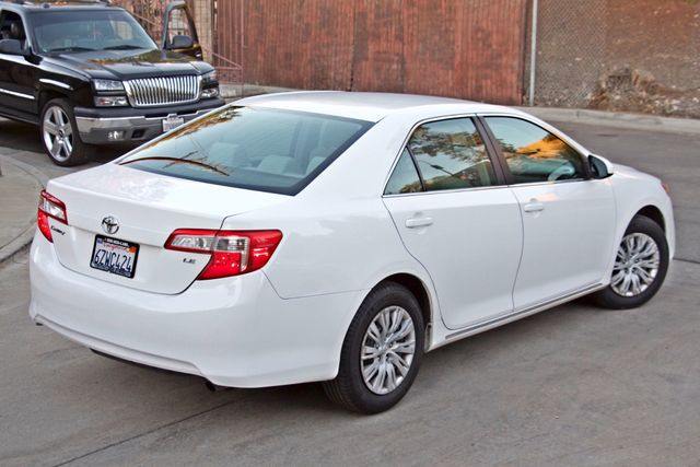 2012 Toyota CAMRY LE AUTOMATIC CRUISE CONTROL NEW TIRES Woodland Hills, CA 5