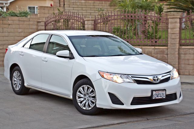 2012 Toyota CAMRY LE AUTOMATIC CRUISE CONTROL NEW TIRES Woodland Hills, CA 8