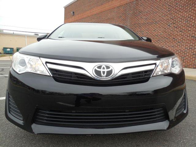 2012 Toyota Camry LE Leesburg, Virginia 6