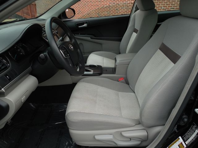 2012 Toyota Camry LE Leesburg, Virginia 9