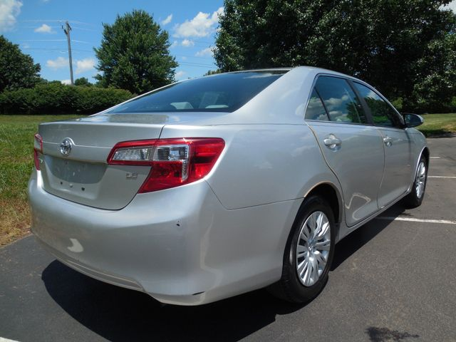 2012 Toyota Camry LE Leesburg, Virginia 2