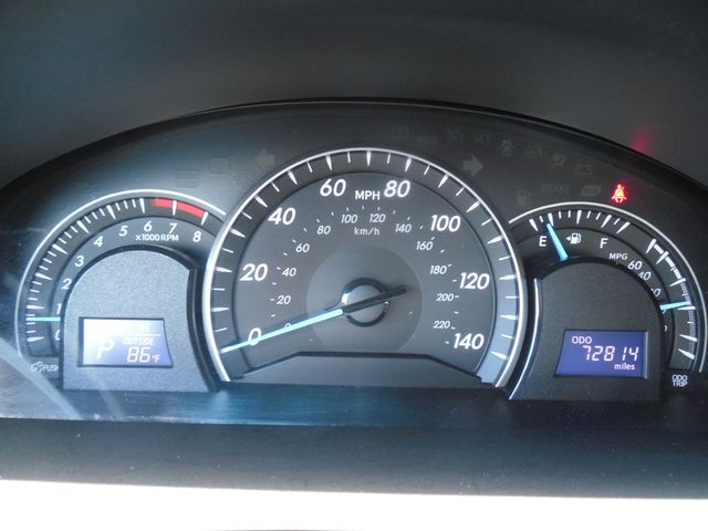 2012 Toyota Camry LE Leesburg, Virginia 19