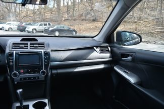 2012 Toyota Camry SE Naugatuck, Connecticut 17