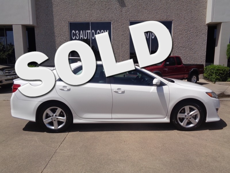 2012 Toyota Camry SE in Plano Texas