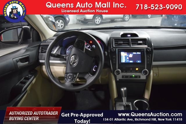 2012 Toyota Camry 4dr Sdn I4 Auto SE (GS) Richmond Hill, New York 5