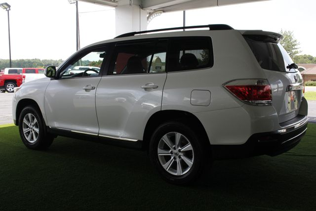 2012 Toyota Highlander SE 4WD - SUNROOF - HEATED LEATHER! Mooresville , NC 25