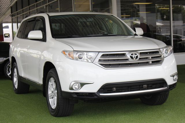 2012 Toyota Highlander SE 4WD - SUNROOF - HEATED LEATHER! Mooresville , NC 26