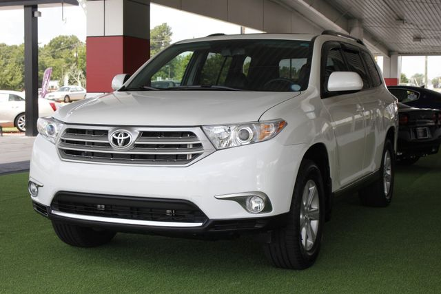 2012 Toyota Highlander SE 4WD - SUNROOF - HEATED LEATHER! Mooresville , NC 27