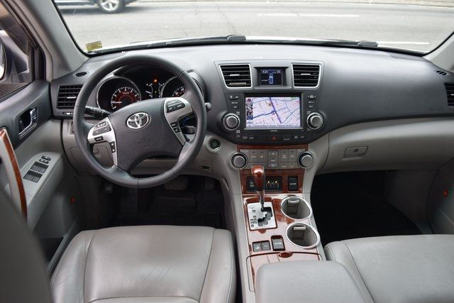 2012 Toyota Highlander Limited Richmond Hill, New York 19