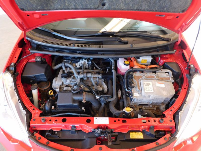 2012 Toyota Prius c One  city TN  Doug Justus Auto Center Inc  in Airport Motor Mile ( Metro Knoxville ), TN