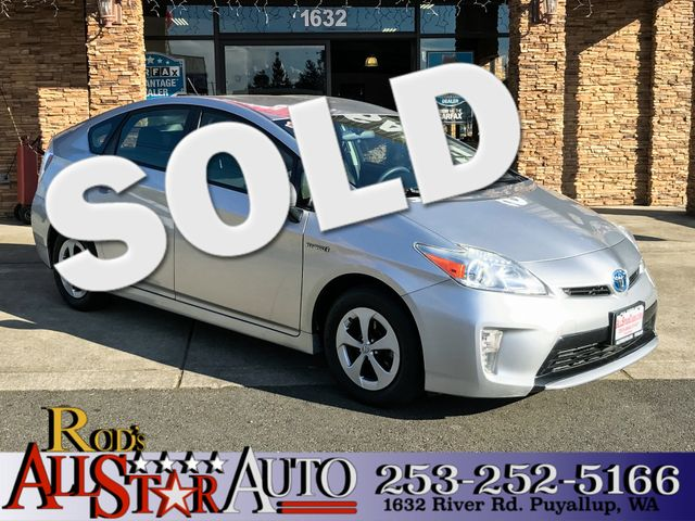 2012 Toyota Prius Two This vehicle is a CarFax certified one-owner used car Pre-owned vehicles ca