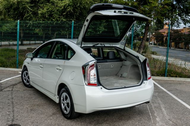 2012 Toyota Prius Five - 60K Miles - NAVI - BACK UP CAMERA - PWR STS Reseda, CA 10