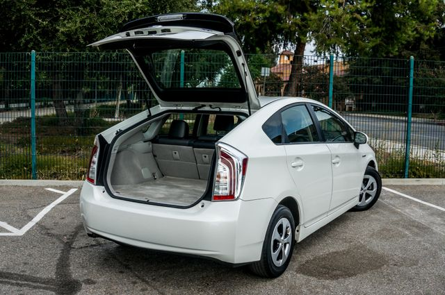 2012 Toyota Prius Five - 60K Miles - NAVI - BACK UP CAMERA - PWR STS Reseda, CA 12