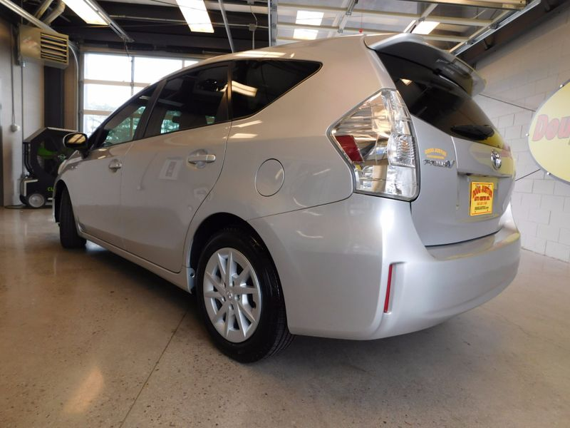 2012 Toyota Prius v Two  city TN  Doug Justus Auto Center Inc  in Airport Motor Mile ( Metro Knoxville ), TN
