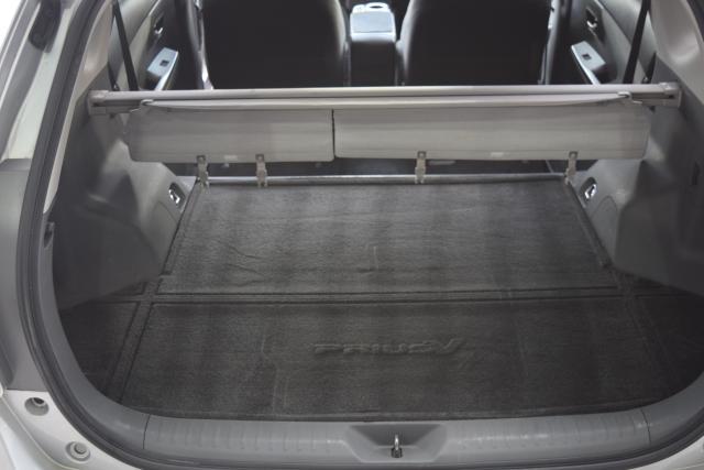 2012 Toyota Prius v 5dr Wgn Three (GS) Richmond Hill, New York 15