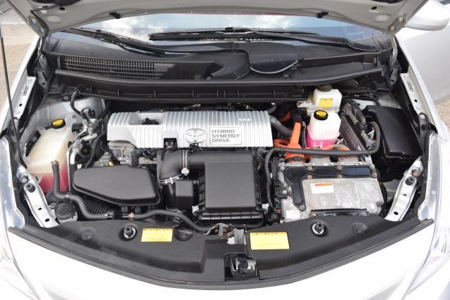2012 Toyota Prius v 5dr Wgn Three (GS) Richmond Hill, New York 16