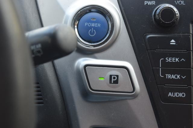 2012 Toyota Prius v 5dr Wgn Three (GS) Richmond Hill, New York 8