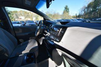 2012 Toyota Sienna LE Naugatuck, Connecticut 2